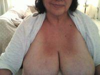 Live sexcam snapshot van shari_geil